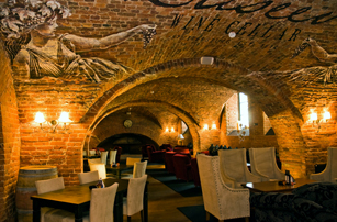 Гостиница Sokos Hotel Palace Bridge - Ресторан Eliseev Wine Cellar